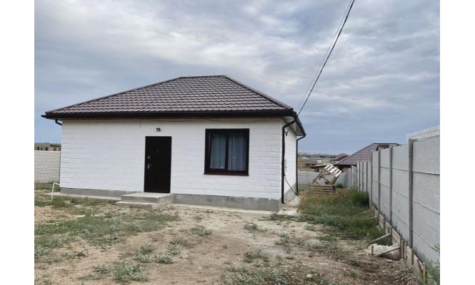 Продается 2к. дом, село Мирное,